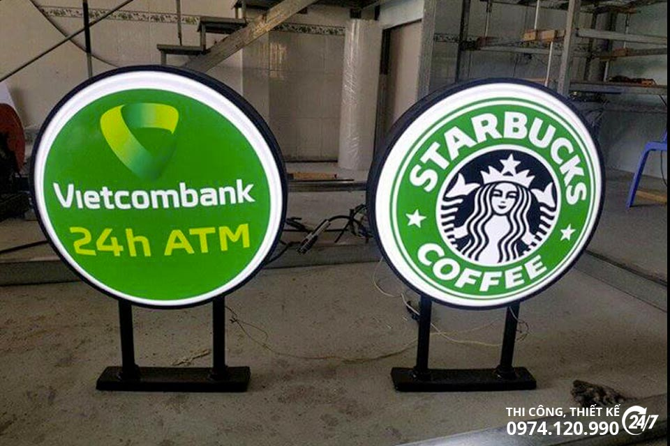 bien vay quang cao vietcombank startbuck