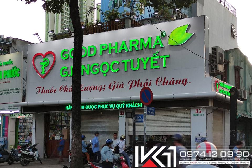 Mat Dung Alu Chu Noi Den Led Nha Thuoc Good Pharma